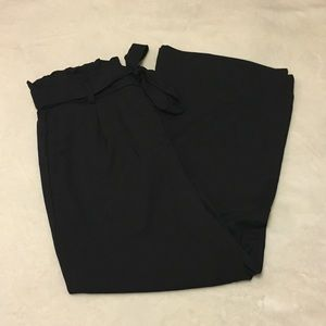 NWT H&M | Wide-Leg Paper-Bag Pants Size 10